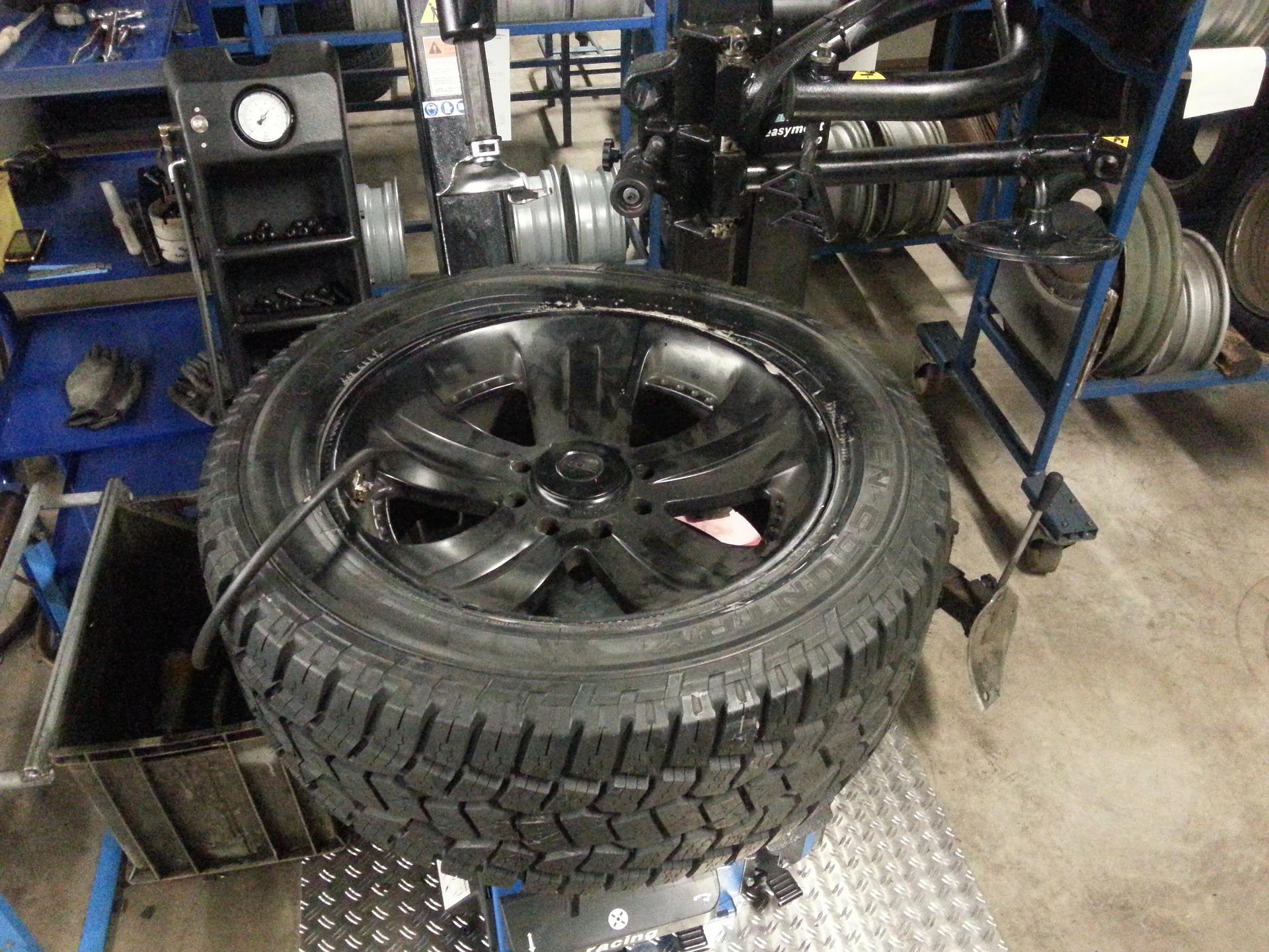 winter-tires-206991_1920-1